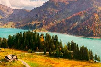 Panoramica Alvernia Rodano Alpi, Francia - Europa